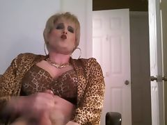 short blonde hair crossdresser tube porn video