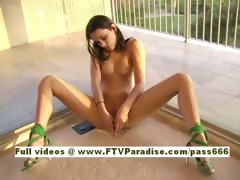 Larysa Ingenious sexy naked amateur teen babe outdoor tube porn video