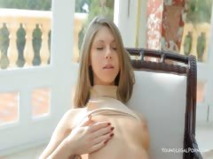 Sweet beauty Anjelica dildoing hole