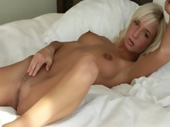 Unbelievable pussy of blond girl
