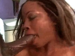 Busty Fat Ghetto Slut Riding tube porn video