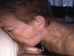 amateur mature wife deepthroat tube porn video