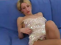 Amateur Elly in pantyhose tube porn video