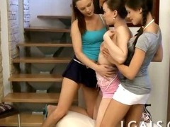 Group lesbo teen girls tube porn video