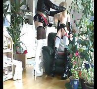Roxina2007LadyBoyFlirtWithDoll091107XXXL tube porn video