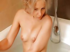 Shaving of beautiful 18yo blond pussy tube porn video