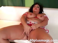 Pretty chubby latina MILF tube porn video