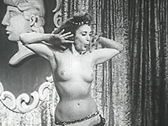 Busty Babe Shakes Her Tits Onstage 1950