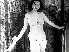 Mature Lady Strips on the Stage 1940 tube porn video