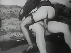 Using Bondage Devices to Reach Orgasm 1940