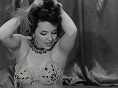 Hot Belly Dancing Model 1950