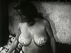 Stunning MILF Wants to Make Pleasure 1950 porn tube video