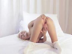 unbelievable blonde with unique ass