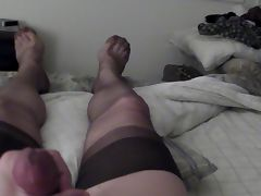 7 denier stockings and cum heehee