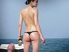 Amateur ass caught on the beach hot body of a young chick gets caught on private camera as she lets