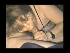hot mom playes it hard1 shes so hot and sexy