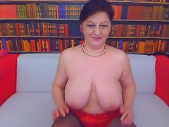 Big tit mom on webcam