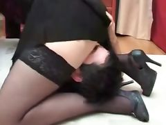 Mature mom Fucks Not Her Young son