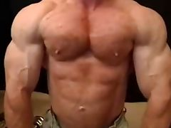 Muscle Hunk Tom Lord Shows Off His Muscles And Cums Hard tube porn video