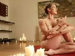 Belle Yogi tube porn video