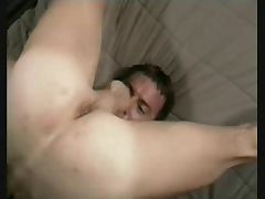 Selfsucker cums in his mouth tube porn video