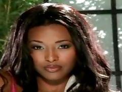 Nicole Narain Is An Ebony Goddess With An Amazing Body tube porn video