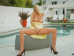 Sexy Riley Evans getting fucked cowgirl style by the pool porn tube video