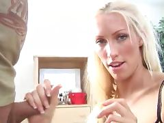 Hot Handjob with Facial Cumshot for Blonde Cassie Young tube porn video