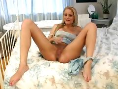 Blonde Chloe Conrad Rubbing Her Clit For Your Enjoyment
