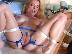 Bored housewives experiment with rope bondage