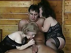 Bizarre Threesome With Two Mature Lesbian Midgets In Sexy Lingerie porn tube video