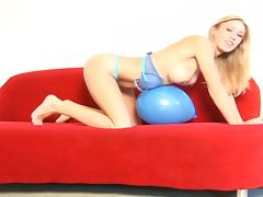 Blonde Babe Allison Pierce Plays With A Balloon tube porn video