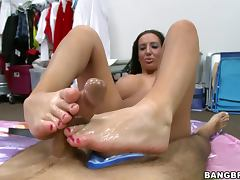 Unbelievable Busty SLut Richelle Ryan Footjob