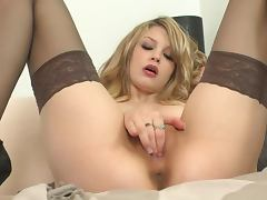Perfect Blonde Bree Daniels Fingering Her Sweet Pussy