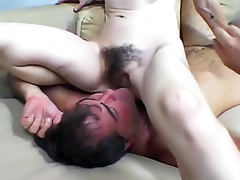 Facesitting with hairy cunt girl tube porn video