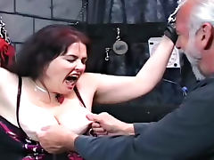 Fat babe with huge boobies wants to have anal game