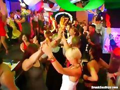 Cocks sucked after drunk dancing