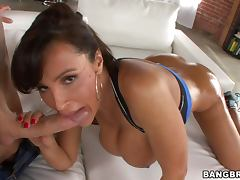 Lisa Ann Takes it Anal and Loves It Nice and Deep