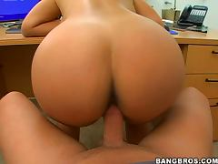 Office Banging With A Bootylicious Brunette Milf