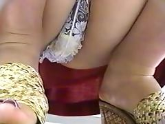 Upskirt at grocery store tube porn video