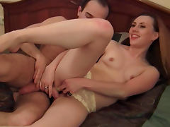 Cocksucker in gorgeous yellow lace panties porn tube video