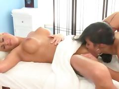 Fetish hot lez babe licks her clients pussy