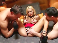 Breanne Benson glamorous hardcore threesome tube porn video