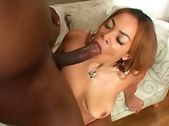 Natural black chick is hot for BBC