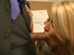Gorgeous Blonde MILF Jessica Drake Gets Fucked Hard Around The Office tube porn video