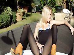 Incredible blonde in shoes stripping