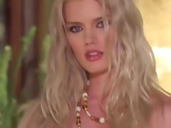 Blonde Playboy Playmate Jennifer Pershing Naked Outdoors