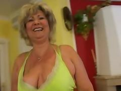 Euro MILF tube porn video