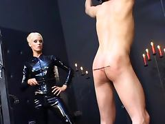 Domina in latex catsuit torturing poor slave tube porn video