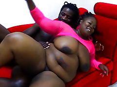 Ebony BBW pussy working like a maniac